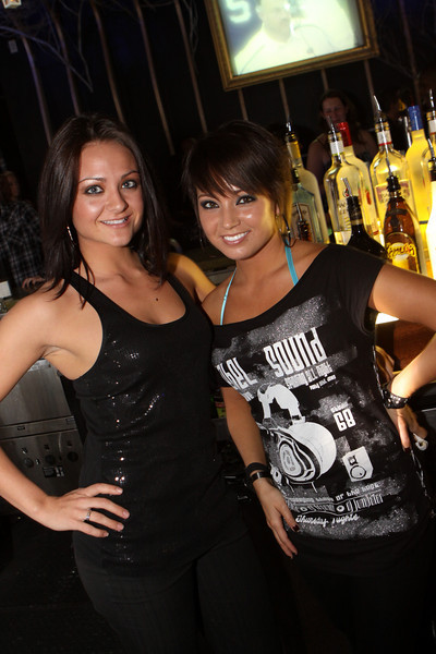 """Push New Years Celebration Continues... Friday Jan 1, 2010  <a href=""""http://www.24sevenmagazine.com/St-Petersburg/Push-Ultra-Lounge/Push-Jan-01-2010/10838042_aAaWh/1/755876026_peaiB"""" target=_blank>click here to see the full album...</a>  <a href=""""http://www.24sevenmagazine.com/St-Petersburg/Push-Ultra-Lounge/Push-Jan-01-2009-Save/10838598_yCTyH/1/755925307_jHr2D"""" target=_blank>click here for savable pics...</a>"""