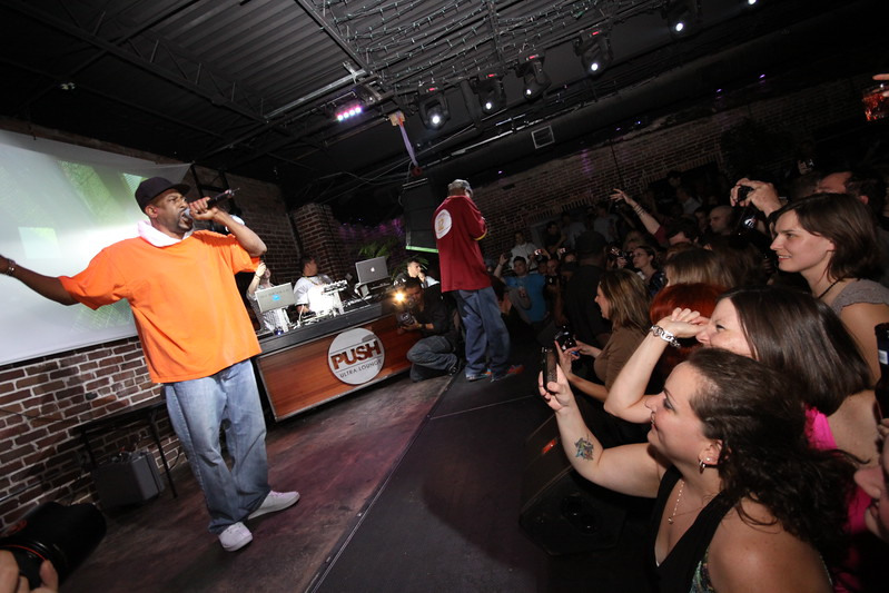 """Tone Loc Performs at Push... Friday March 19, 2010   <a href=""""http://www.24sevenmagazine.com/St-Petersburg/Push-Ultra-Lounge/Push-March-19-2010/11563122_kX644#814500914_KHm8b"""" target=_blank>click here to see the full album...</a>  <a href=""""http://www.24sevenmagazine.com/St-Petersburg/Push-Ultra-Lounge/Push-March-19-2010-Save/11563349_a5BYy#814524862_CR3of"""" target=_blank>click here for savable pics...</a>"""