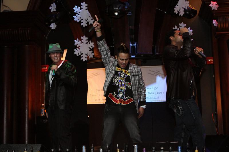 "SIN Mondays with 93.3FLZ at The Venue...Featuring a Performance by Velez... Monday December 28 2009  <a href=""http://www.24sevenmagazine.com/St-Petersburg/The-Venue/Venue-Dec-28-2009/10789414_badri/1/752187095_4LpKe"" target=_blank>click here to see the full album...</a>  <a href=""http://www.24sevenmagazine.com/St-Petersburg/The-Venue/Venue-Dec-28-2009-Save/10789658_NWxw4/1/752222044_EHdn5"" target=_blank>click here for savable pics...</a>"