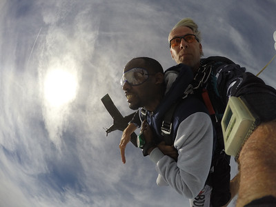 Joel Johnson tandem skydiving
