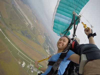 Jasreel Lim You Jin tandem skydiving