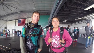 1010 Jacqueline Thompson Skydive at Chicagoland Skydiving Center 20171001 Cody Amy
