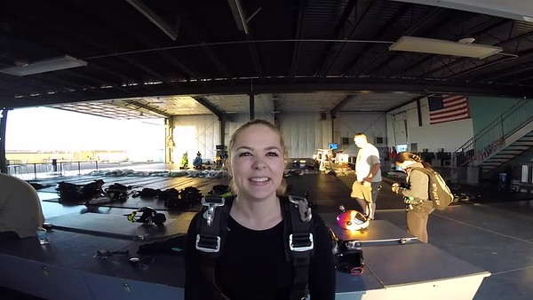 1856 Alina Efremova Skydive at Chicagoland Skydiving Center 20171008 Len Len