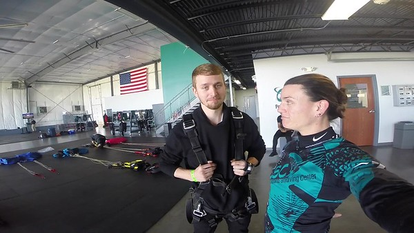1431 Justin Burde Skydive at Chicagoland Skydiving Center 20171018 Jo Jo