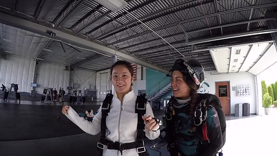 1520 Qianrui Guo Skydive at Chicagoland Skydiving Center 20171020 Amy Jo