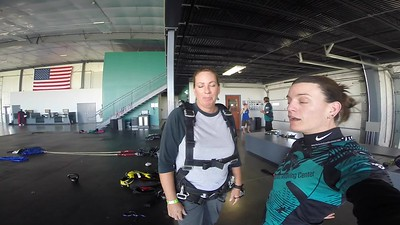 1258 Traci Kline Skydive at Chicagoland Skydiving Center 20171021 Jo Jo