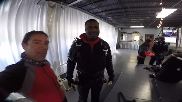 1350 Delindrea Buckner Skydive at Chicagoland Skydiving Center 20171029 Brad Brad