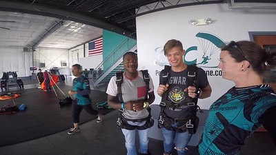 1408 Nathan Farnham Skydive at Chicagoland Skydiving Center 20170807 Jo Jo
