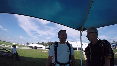 1849 Mark Bradley Skydive at Chicagoland Skydiving Center 20170809 Len Jo