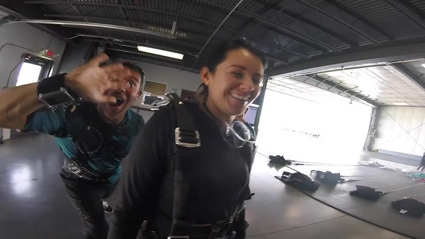 1335 Briana Puszkiewicz Skydive at Chicagoland Skydiving Center 20170810 Jessie Jessie
