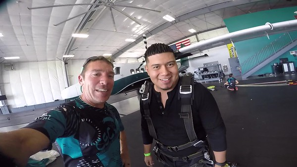 1332 Fausto Gomez Skydive at Chicagoland Skydiving Center 20170810 Brad Brad