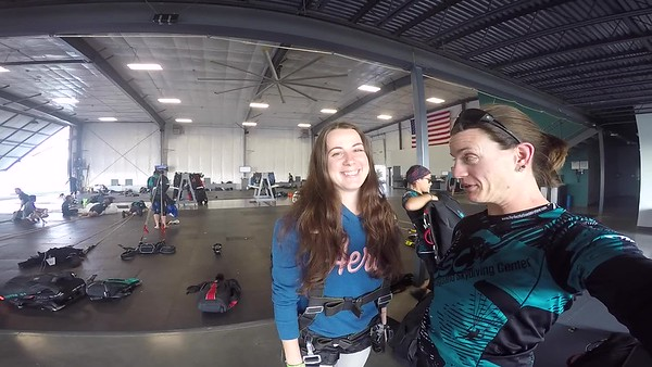 1814 Ecaterina Galeru Skydive at Chicagoland Skydiving Center 20170812 Jo Jo
