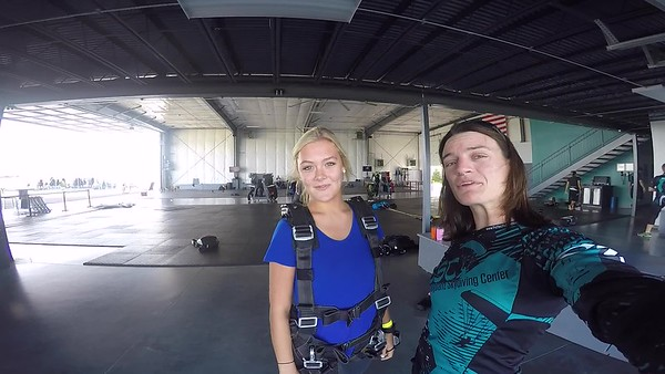 0945 Sami Bushnell Skydive at Chicagoland Skydiving Center 20170813 Jo JO