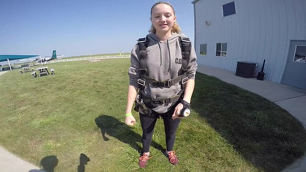1114 Katheryn Muncie Skydive at Chicagoland Skydiving Center 20170816 Cody Cody