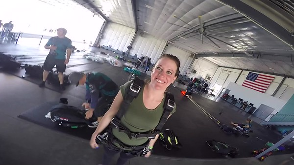 SPEC1322 Cortney Jordan Skydive at Chicagoland Skydiving Center 20170819 Cody Cody