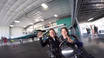 1338 Marta Maksymowicz Skydive at Chicagoland Skydiving Center 20170824 Amy Brad