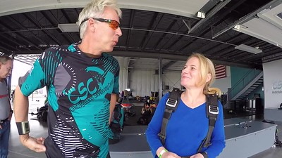 1725 Anna Niewiarowsk Skydive at Chicagoland Skydiving Center 20170826 Len Jessie