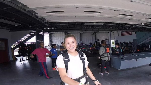 1321 Lizzie Lazzara Skydive at Chicagoland Skydiving Center 20170826 Len Len
