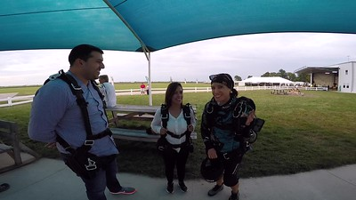 1930 Mariana Lemus Lo Skydive at Chicagoland Skydiving Center 20170826 Jessie Cody