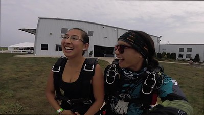 1334 Xochitl LeConte Skydive at Chicagoland Skydiving Center 20170826 Jessie Jessie