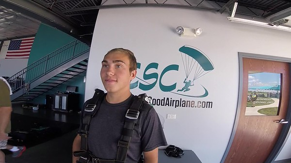 1510 Josef Meehan Skydive at Chicagoland Skydiving Center 20170708 Chris R Chris R
