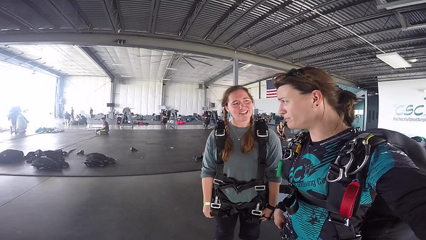1339 Katherine Graves Skydive at Chicagoland Skydiving Center 20170709 Jo Jo