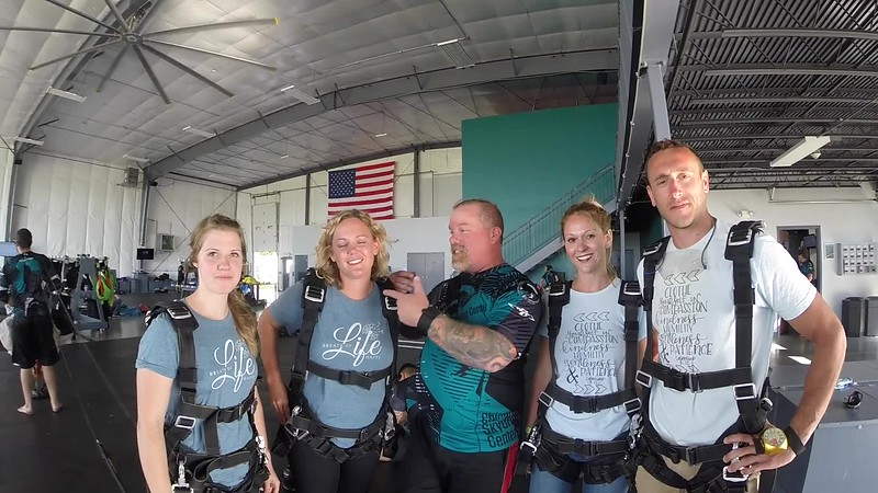 1832 Ashley Stills Skydive at Chicagoland Skydiving Center 20170715 Chris D Amy