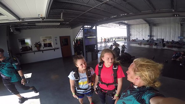 1633 Rachel Schrock Skydive at Chicagoland Skydiving Center 20170715 Klash Klash