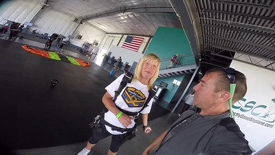 1356 Jennifer Jaloway Skydive at Chicagoland Skydiving Center 20170717 Brad Brad