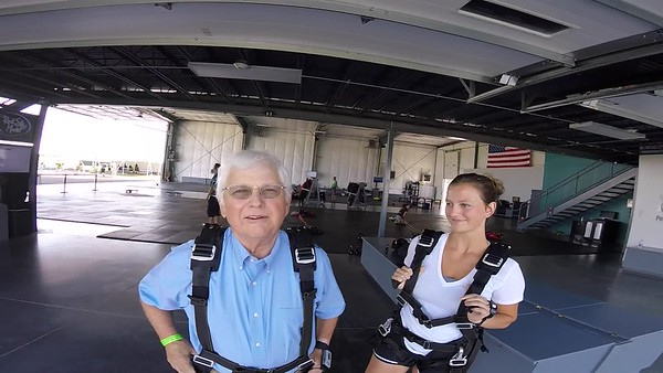 1050 Elmer Rullman Skydive at Chicagoland Skydiving Center 20170719 Leonard Leondard