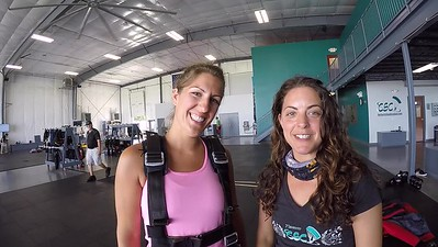 1157 Jessica Chakos Skydive at Chicagoland Skydiving Center 20170720 Amy Chris