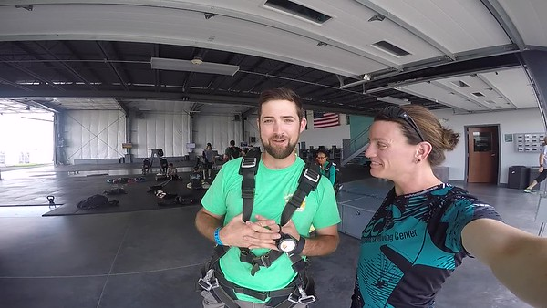 1434 Chad Feuerhelm Skydive at Chicagoland Skydiving Center 20170731 Jo Jo