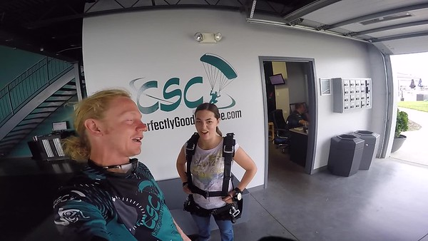 0920 Janel Niska Skydive at Chicagoland Skydiving Center 20170604 Klash