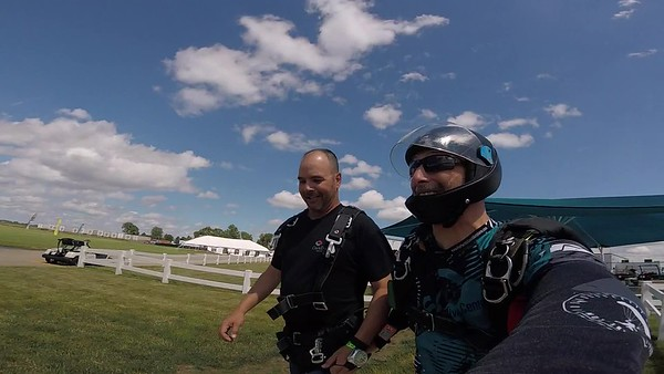 1638 Bob Fritsch Skydive at Chicagoland Skydiving Center 20170618 Chris R
