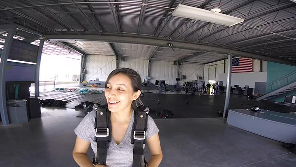 1645 Isabella Valderrama Skydive at Chicagoland Skydiving Center 20170623 Len Len