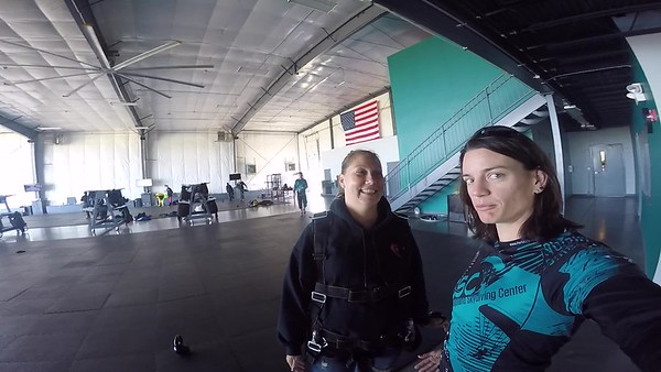 0903 Melanie Dietz Skydive at Chicagoland Skydiving Center 20170625 Jo B