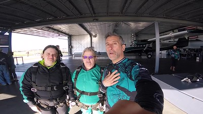 1916 Geraldine McDowell Skydive at Chicagoland Skydiving Center 20170505 Chris Chris