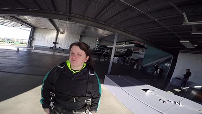1828 Leeanna McDowell Skydive at Chicagoland Skydiving Center 20170505 Cody Cody
