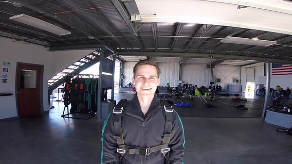 1535 Jakub Kropiwnick Skydive at Chicagoland Skydiving Center 20170507 Leonard