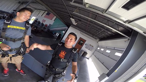 1643 Oscar Perez Skydive at Chicagoland Skydiving Center 20170514 Cody