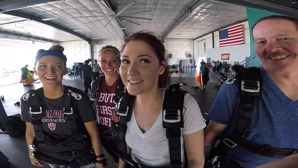 1520 Sarah Weirich Skydive at Chicagoland Skydiving Center 20170514 Leonard