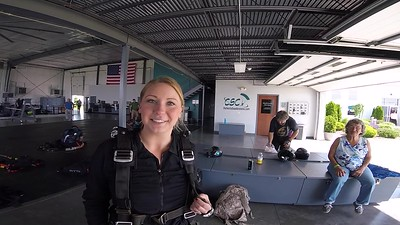 1605 Danielle Bump Skydive at Chicagoland Skydiving Center 20170527 Chris R