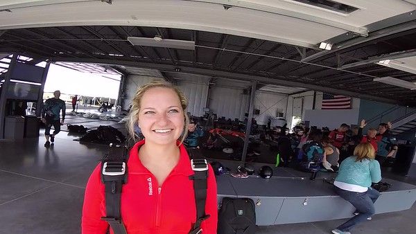 1336 Anna Veruchi Skydive at Chicagoland Skydiving Center 20170902 Len Len