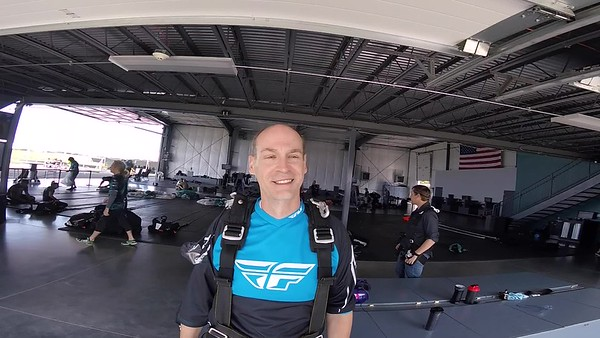 1514 Dave Templin Skydive at Chicagoland Skydiving Center 20170902 Len Len