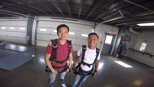 0853 Chu-Fu Chen Skydive at Chicagoland Skydiving Center 20170908 cody Cody