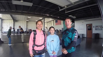 1047 Lydia Sai Skydive at Chicagoland Skydiving Center 20170908 Brad Amy