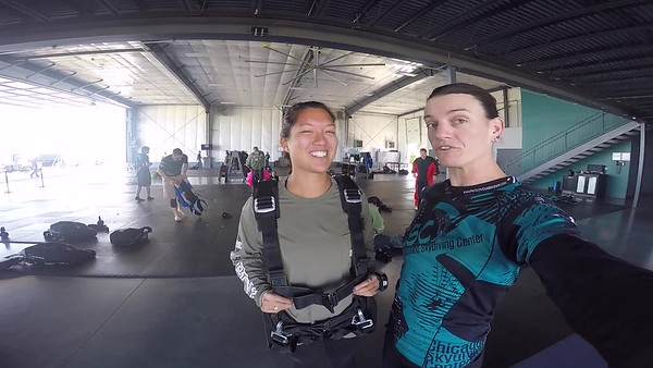 1040 Abbey Garcia Skydive at Chicagoland Skydiving Center 20170909 Jo Jo