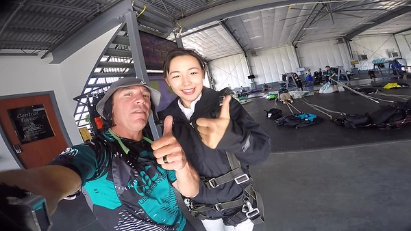 1519 YAN DING Skydive at Chicagoland Skydiving Center 20170909 Brad Brad