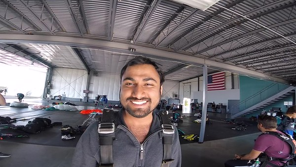 1616 Sushanth Veerla Skydive at Chicagoland Skydiving Center 20170910 Chris R Chris R