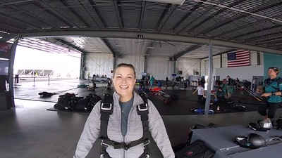 1437 April Beuscher Skydive at Chicagoland Skydiving Center 20170917 Len Len